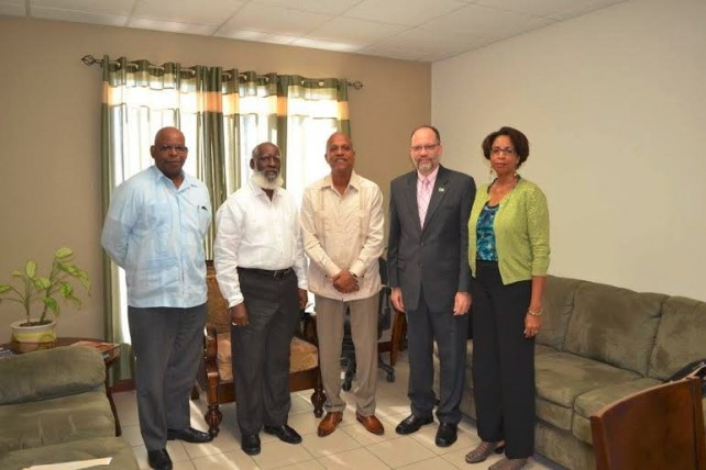 From left to right: H.E. Lawrence Sylvester, CEO Ministry of Foreign Affairs, Hon. Wilfred Elrington, Minister of Foreign Affairs, Hon. Dean Barrow, Prime Minister of Belize, CARICOM Secretary General, H.E. Irwin LaRocque and Glenda Itiaba from the Office of the CARICOM Secretary General