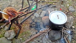 PHOTO OF THE DAY: Countryside cookout