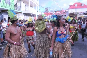 BUSINESS BYTE: Flow to give $100K to Carnival 2020