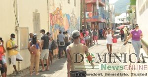 IN MORE PICTURES (COVID-19): Dominicans preparing for Easter holiday lockdown