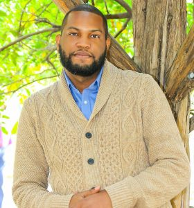Dominican author publishes first novel