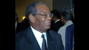 Tribute to Sir Everton Weekes: Climbing to the top – by CARICOM Chairman