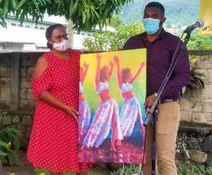 Portwe Pou Tout Moun: Affordable art for all
