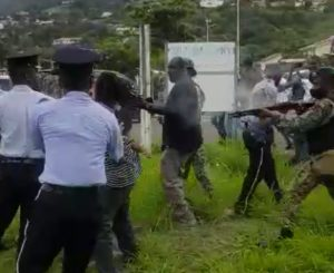 Dominica police clash with protesting bus drivers, one individual injured by rubber bullet